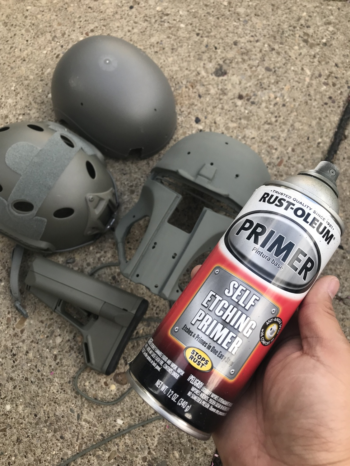 So I Was Pleasantly Surprised To Find Out How Well This Primer Matches Foliage Green As It My Intention Paint Diy Galac Tac Helmet In Fg