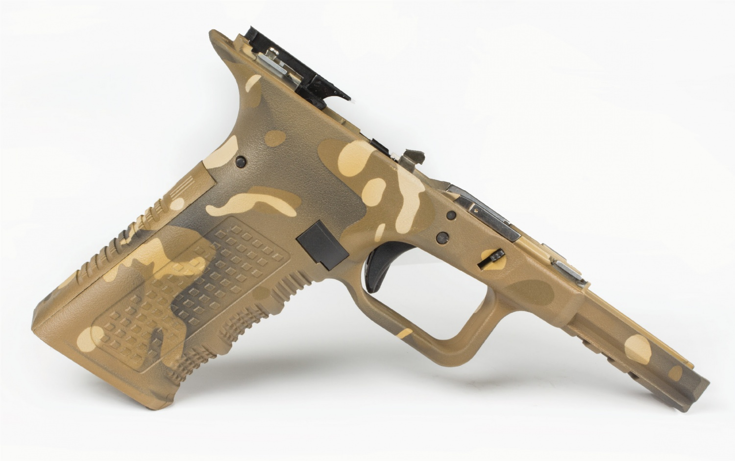Lone Wolf Introduces BATTLECAM Cerakote Camouflage Service (5)