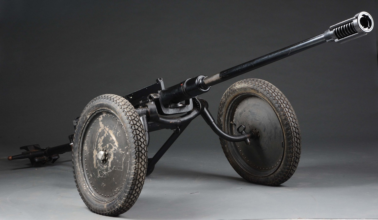 7 Historical Anti-Tank Weapons Seen in MORPHY Auctions Catalog - Model 1941 1