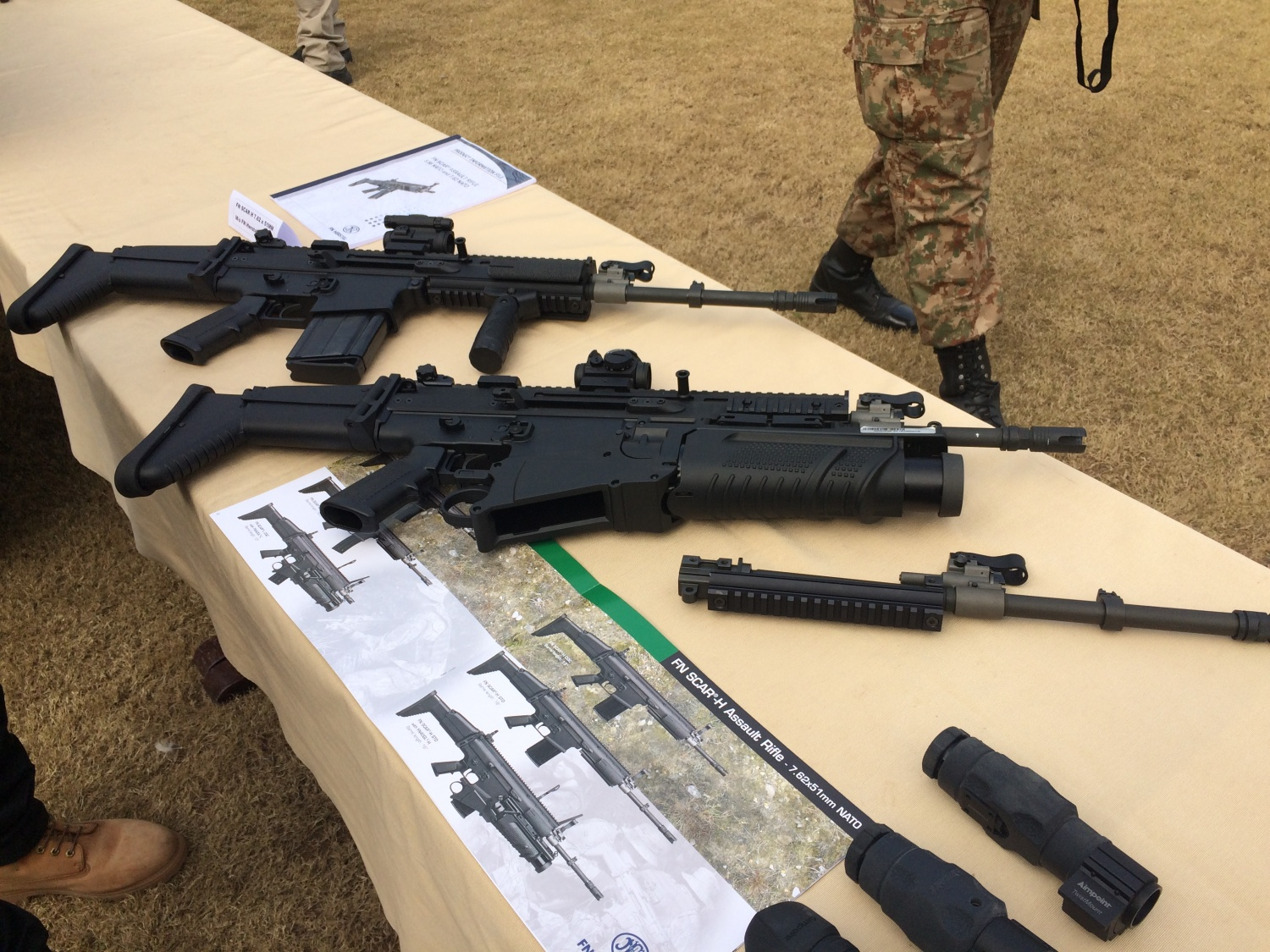 FN SCAR-H with CompM5 in Pakistan, January 2016