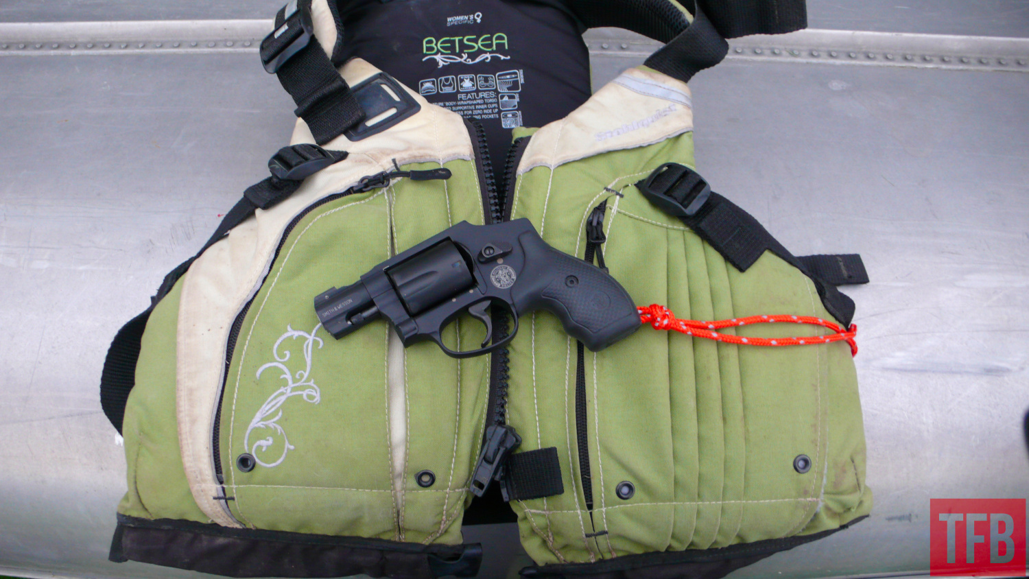concealed carry while paddling