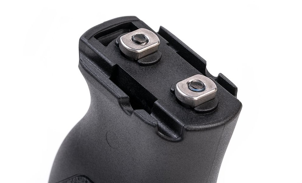 Strike Industries Angled Vertical M-LOK Grip with Cable Management Feature (8)