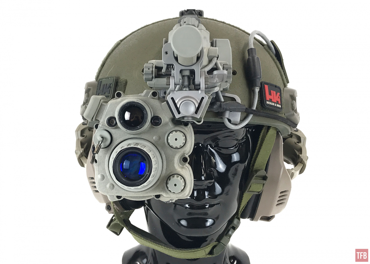 ENVG PSQ-20 mounted on helmet