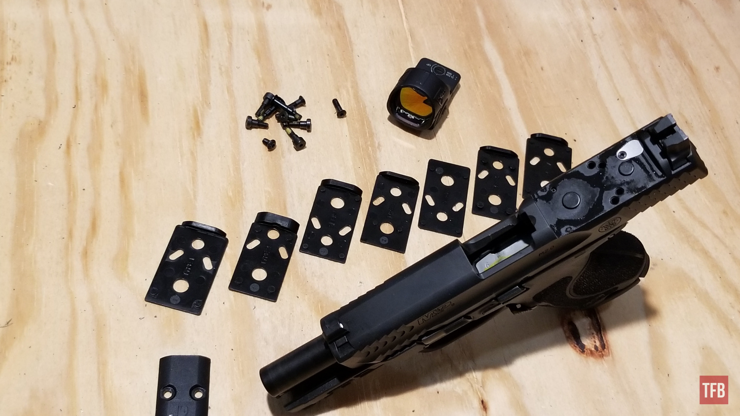 Reviewing the Smith & Wesson M&P 2.0 Compact Optics Ready Pistol