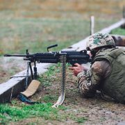 United States to Equip Georgian Defense Forces with 600 M249 SAW LMGs (1)