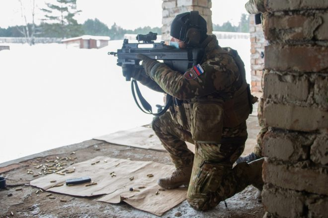 POTD: FN F2000 at NATO enhanced Forward Presence Battle Group Latvia