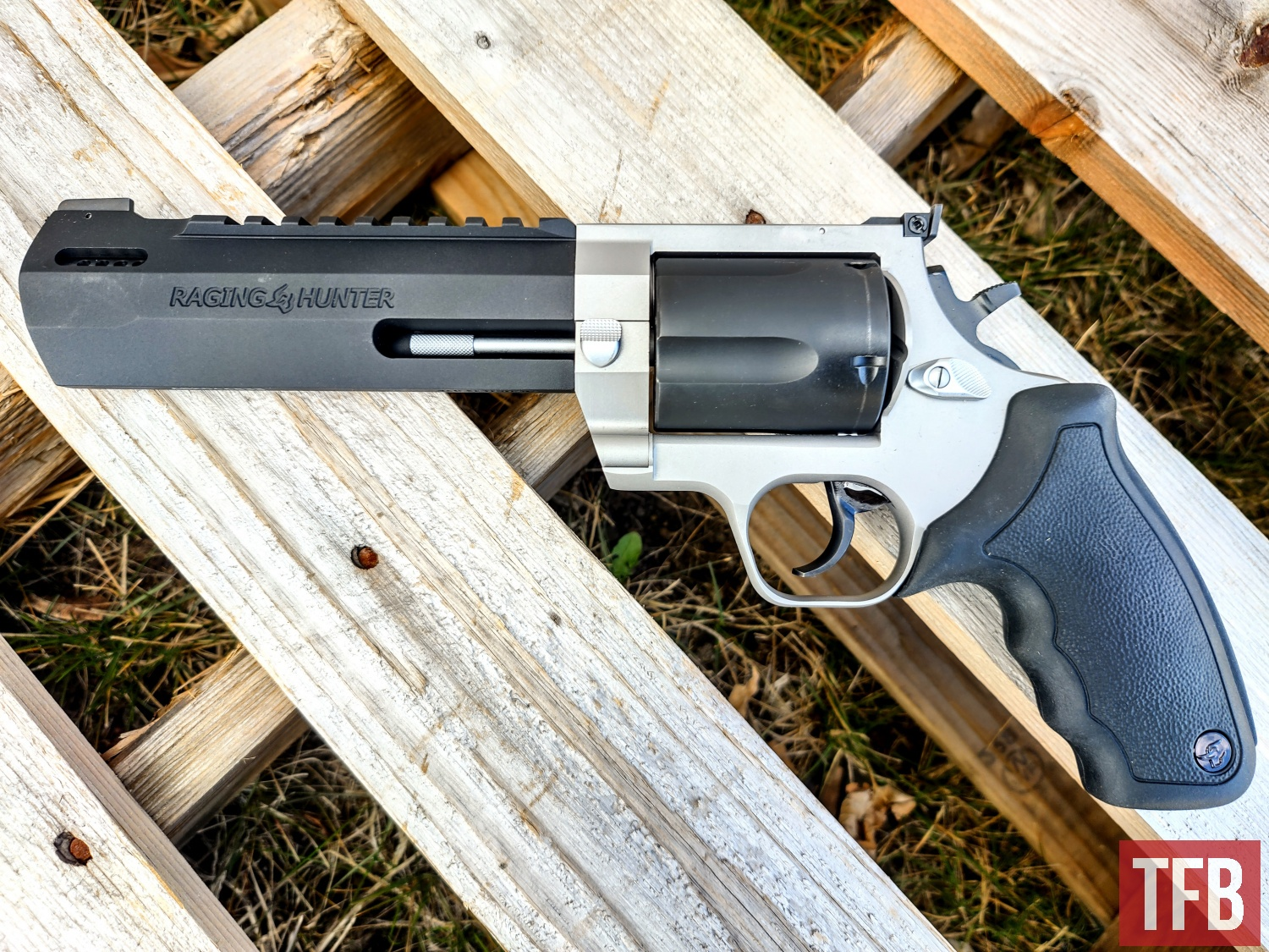 Wheelgun Wednesday: First Look at the Taurus Raging Hunter 460