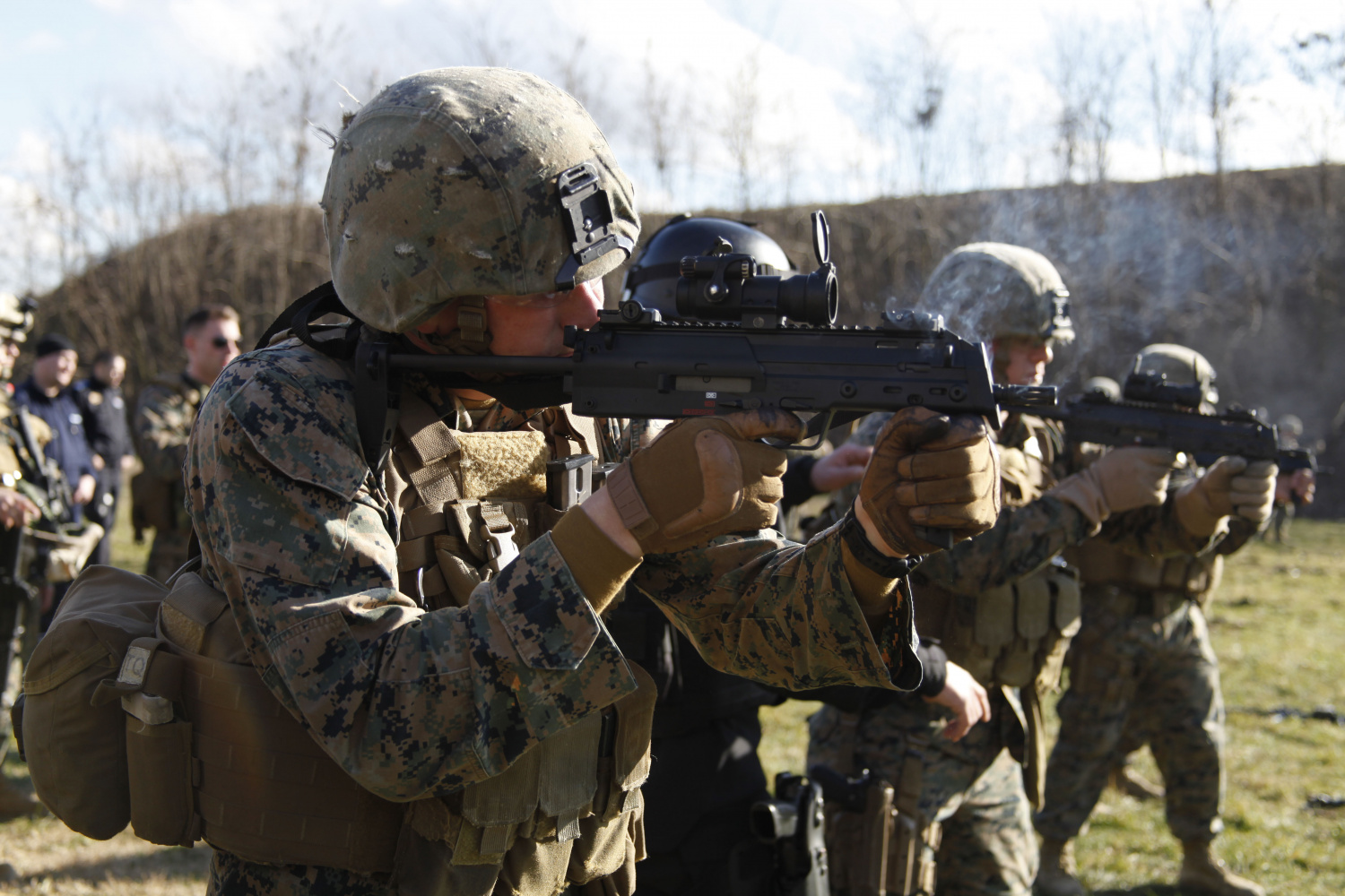 US Marines train with the Heckler & Koch MP7 in Romania. U.S. Marine Corps photo by Sgt. Esdras Ruano.